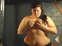 X-mastere, Squeezing, Squeezed tits, Squeeze, Bdsm chubby, Bdsm bbw