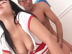 护士捐精, 丝袜护士