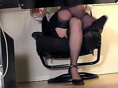 Voyeur masturbating, Under desk, Under, Secretarys, Secretary masturbating, Masturbating voyeur