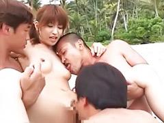 Öz anne, Public japanese, Public gangbang, Public asian, Sexsı anne, Outdoor gangbang
