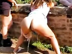 Pee amateur, Amateur pee, Girls peeing
