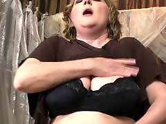 Young mom, Young chubby, Young & mom, Mature lesbian fisting, Mature fisting, Mature fisted