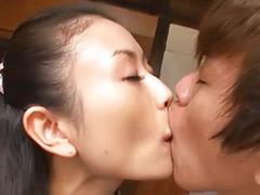 자위녀, 일본실제