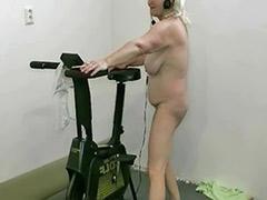 Tits granny, Tits granni, Solo granny, Solo grannies, Solo dancing, Naked dancing