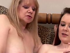 Young sex, Young mature, Young fuck, Young and old mature, Sexe group, Sex group