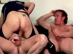 Sucking while fucking threesom, Mature lady suck, Fuck lady