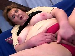 Pussy on pussy, Pussy finger, Milf fingering, Masturbation chubby, Matured mother, Mature fingering