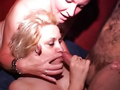 Amateur mature threesome, Chubby threesome