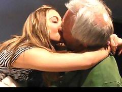 Подросток зрелую, Девушки целуются, Девочки ебутся, Зрелая ебется