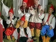 Seven, Snow white and seven, Midgets anal, Midgets, Midget, Black midget
