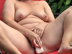 Fun, Backyard, Mature