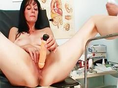 Mature amateur brunette, Checkup, Mature fetish