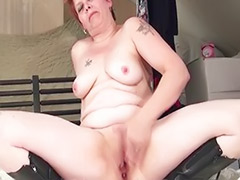 Mom wank, Mom solo