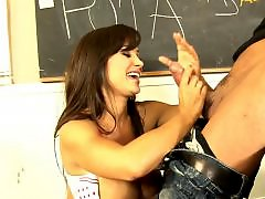 Öz anne, While, Spanish milf, Lisa annئهدنش, Lisa ann, Lisa a