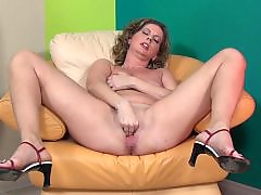 Milf young cock, Old housewife, Housewifes, Amateur housewife, Housewifer