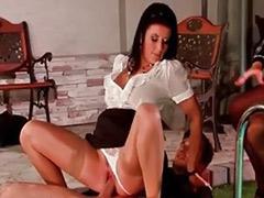 Секс втроем в чулках