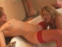 Tub lesbian, Tub