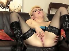 With moms, With mom, Mature with dildo, Mom play, Mom dildo, European