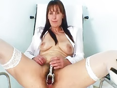 Hairy mom, Pussy show, Show mom, Shows pussy, Shows hairy, Showing pussy