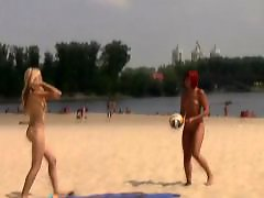 Public show, Showing love, Sexi love, Friend s, Sexy love, Nudism