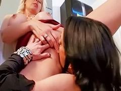 Veronica lesbian, Veronica, Sex in bathroom, Milf in bathroom, Milf veronica, Lick and fuck lesbians
