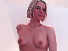 دختر برهنه