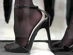 Sexy foot, Nylons, Nylon fetish, Nylon, Foot nylon, Bastinado bdsm