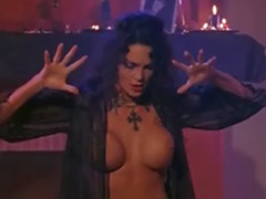 Julie strain, July, Strain