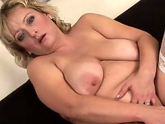 Tits hot, Show off milf, Show her, Milf tits amateur, Masturbating big tits, Masturbate big tits