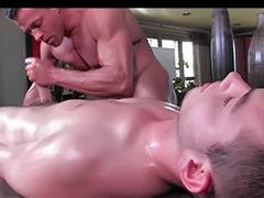Masseure, Massage gay, Massage cumming, Massage anal, Older gay, Older and older
