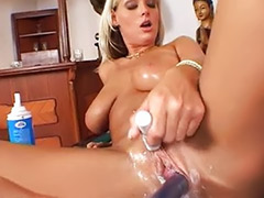 Shirley, Sheila, Hole vagina