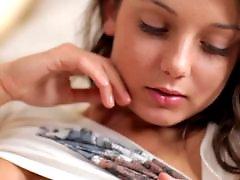 십대미녀자위, 손가락자위, 성폭력, 가슴 자위, 빈유자위, 비비기자위