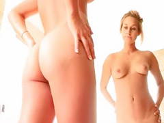 Show girls, Solo glamour, Glamour solo, Getting off, Solo babes, Bathroom