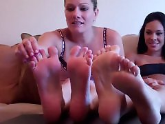 You big, To big, Suck feet, Sucking boobs, Sucking big boobs, Milfs feet