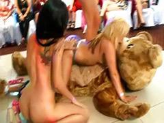 ﺟﻨﺲ ﺩﺏ ﻟﺪﺏ, سكس رقصن, رقص التعري, رقصات جنس, جنس دب, التعري مجموعات