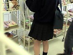 Voyeur upskirt, Upskirt voyeur, Up skirt, Skirts, Skirting, Skirt