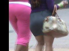 Voyeurs booty, Voyeur booty, Phat booty, Phat ass, Skirts, Skirting