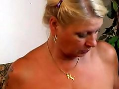 Spunk, Sitting face, Sits face, Masturbating mature, Mature face sitting, Mature amateur masturbation