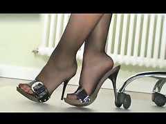 Nylons, Nylon, Lady boss, Lady b, Ladie, Boss lady
