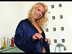 Titty, Titties, Showering, Shower cam, Shower boobs, Shower big boobs