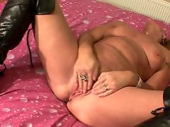 Screaming, Scream, Mature coming, Amateur housewife, Amateur blonde mature, Milf scream