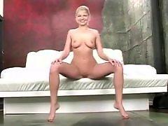 Striptease, Milf striptease, Next