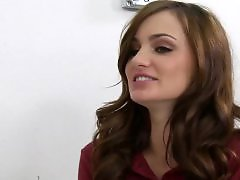 Squiring, Squir, Lily carter, Lily valentine, Lily, Lili carter