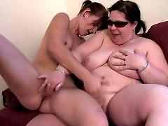 Young lesbian babes, Mama hči, Mature licking, Mature lick, Mature old big, Licked mature