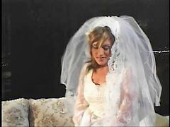 Ass, Bride