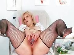 Hemşire mature, Hamle, Olgun bayan