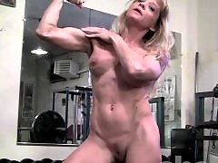 Muscled mature, Muscled, Muscle, In gym, Gym