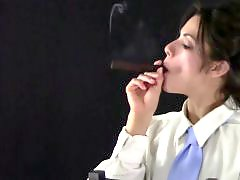 T-shirt, Down, Cigar, Tied oü, T shirt, Tied